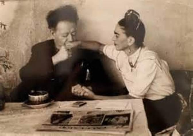 Frida Kahlo and Diego Rivera Do Detroit