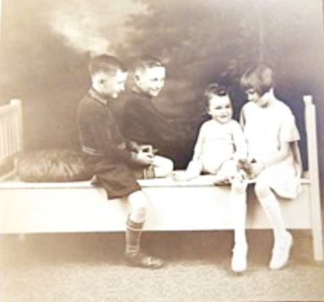 John, Lewis, Missy and Bill van der Gracht Edmonton, Canada, 190