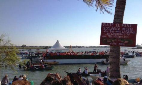 Tlacboat loads of faithful
